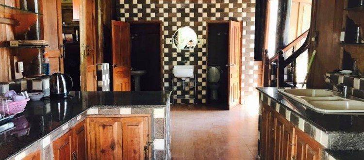 Biệt thự Đà Lạt Memory phòng bếp couple - Memory Villa Đà Lat 04