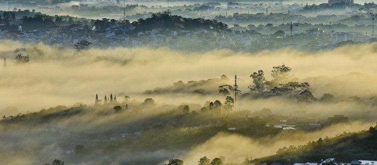 Đà Lạt lập đông sương phủ phố thị