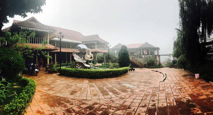 khu biệt thự Đà Lạt Memory - Memory Villa Đà Lạt với khuông viên sân vườn rộng rãi