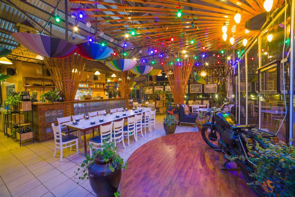 nhà hàng cà phê nhạc Trịnh acoustic Memory Đà Lạt -06