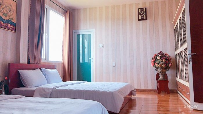 Biệt thự Đà Lạt Cung Đàn Xưa với phòng ngủ ấm áp