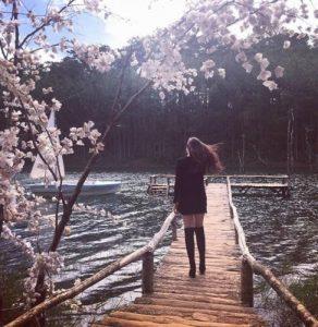 Phim trường Serect garden Đà Lạt tuyệt đẹp bên hồ