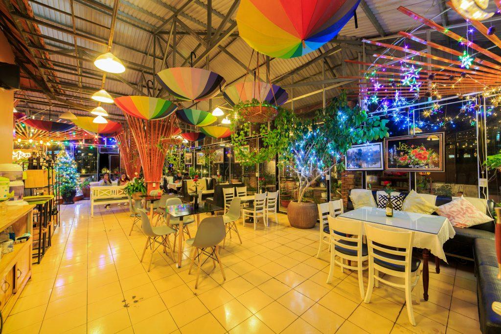 Không gian của Memory - Top 10 quán cafe Đà Lạt đẹp nhất 2019