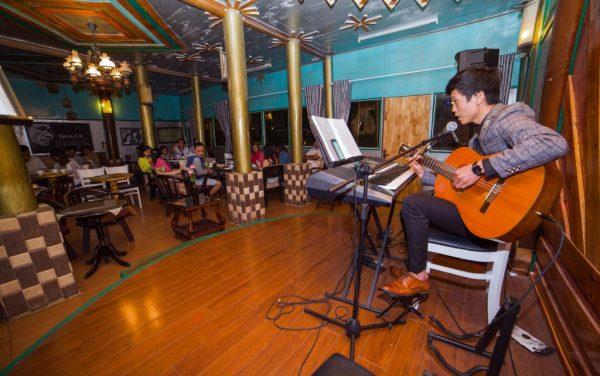 Phòng Trà Đà Lạt Memory acoustic cafe nhạc Trịnh - Tour Đà Lạt 1 ngày - datphongdalat.vn-02