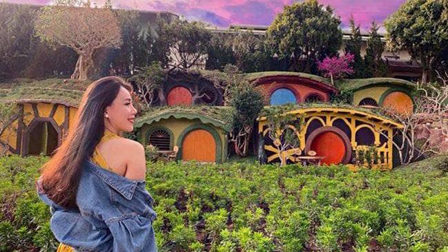 ngôi làng cổ tích Fairytale Land