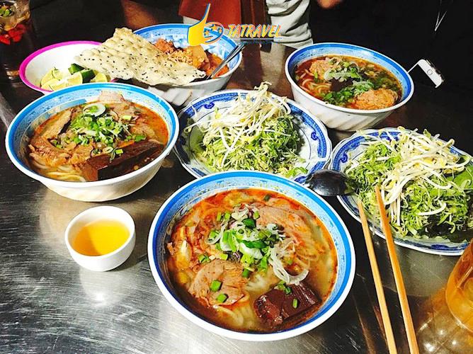 Toplist địa điểm ăn sáng Đà Lạt ngon nhất quán nào, món gì 2021