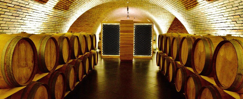 Hầm ủ rượu vang Đà Lạt chuẩn châu Âu lón nhất Đông Nam Á