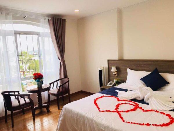 Khách sạn Dạ Lan Đà Lạt - Top nhà nghỉ khách sạn Đà Lạt gần chợ giá rẻ 2021