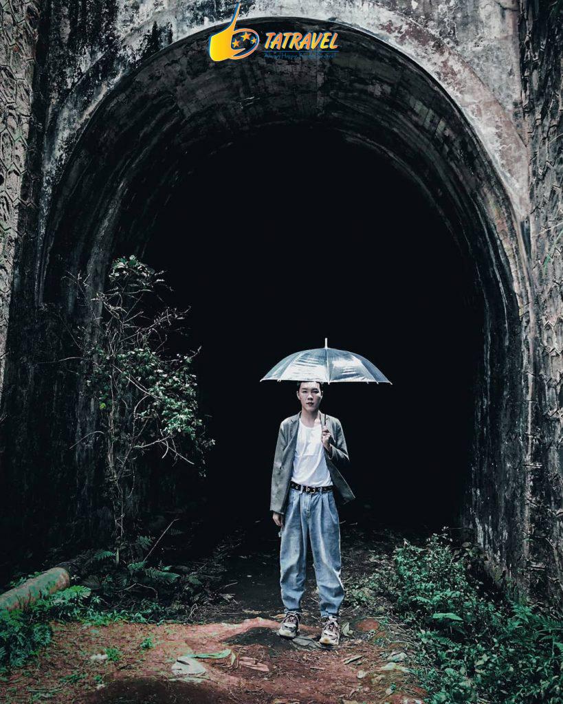 Đường hầm sắt nơi còn sót lại ở Đà Lạt