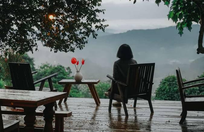 Những cơn mưa đầu mùa tháng 6