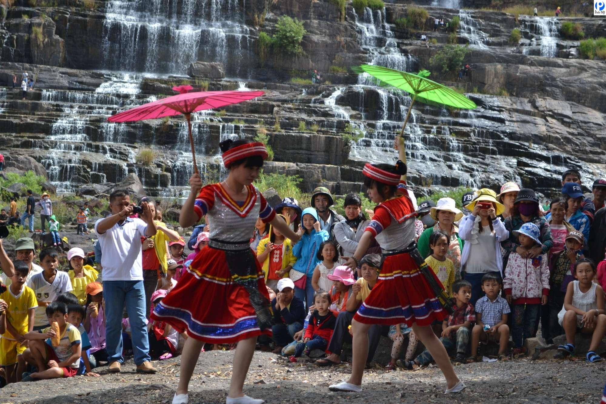 Những điệu múa dân gian của người dân tộc