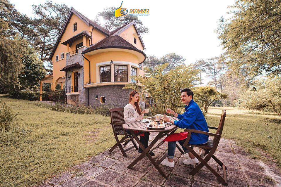 Tolist 7 nhà hàng view đẹp nhất Đà Lạt