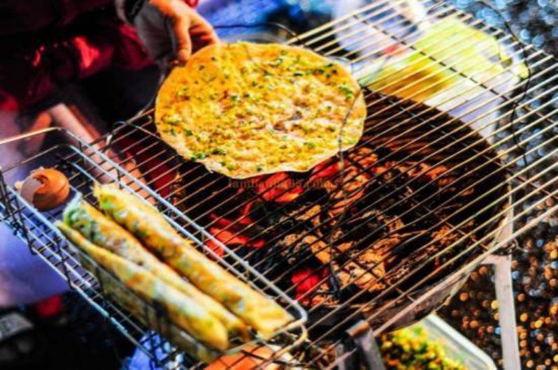 bánh tráng nướng Đà Lạt - toplist món ngon Đà Lạt