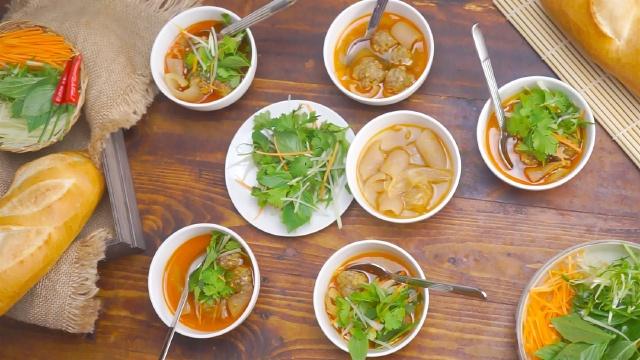 Bánh mì xiu mại Đà Lạt  datphongdalat.vn