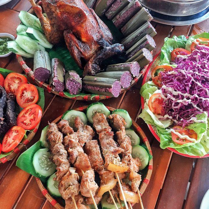 Quán gà nướng cơm lam Đà Lạt ngon nhất là Bon langbiang